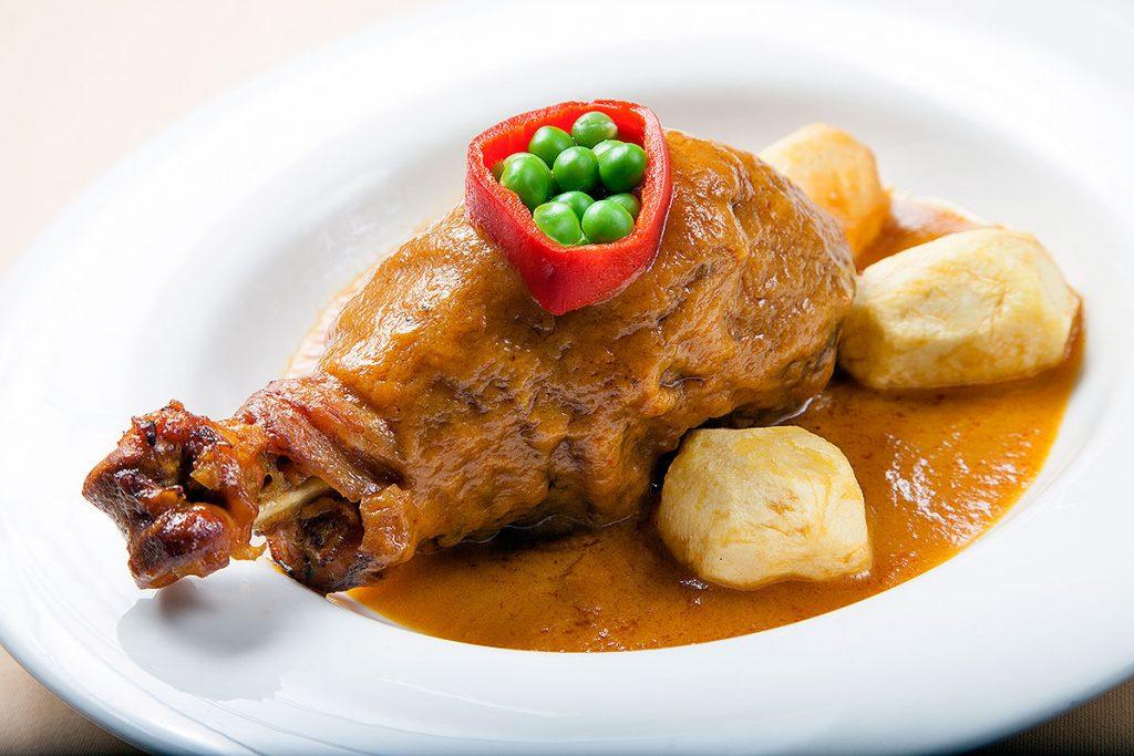 Muslo-de-Pitu-Caleya-Guisado-con-Patatas